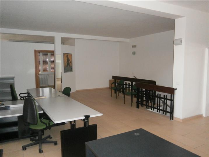 Attività / Licenza in affitto a Mortara, 2 locali, prezzo € 500 | Cambio Casa.it