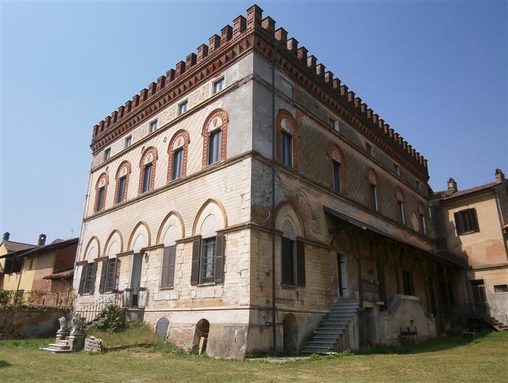 Palazzo / Stabile in vendita a Vigevano, 15 locali, Trattative riservate | Cambio Casa.it