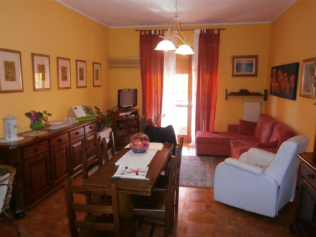 Appartamento in affitto a Mortara, 3 locali, prezzo € 400 | Cambio Casa.it