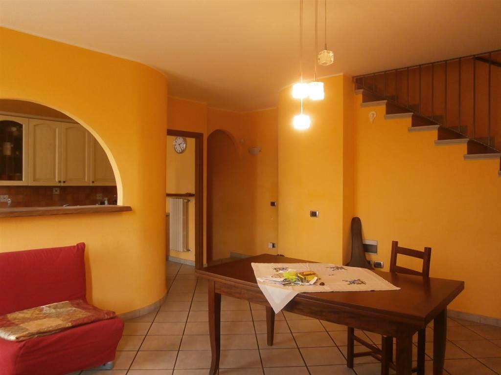 Soluzione Indipendente in vendita a Vigevano, 4 locali, prezzo € 140.000 | Cambio Casa.it