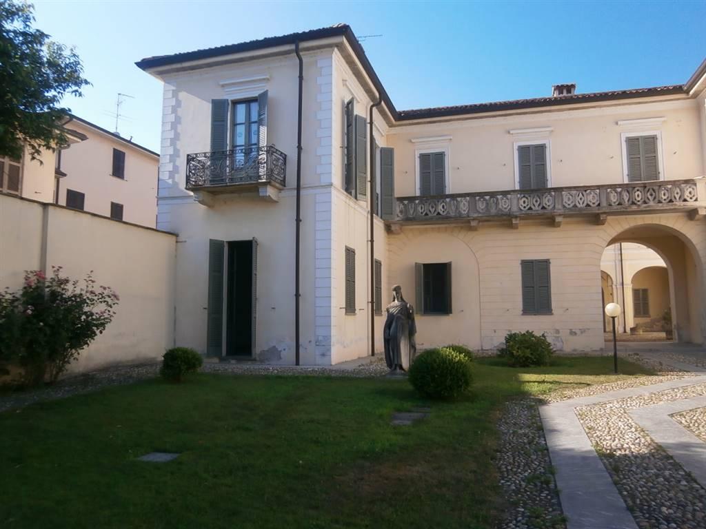 Ufficio / Studio in affitto a Mortara, 3 locali, prezzo € 450 | CambioCasa.it