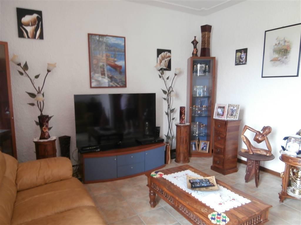 Appartamento in vendita a Cilavegna, 3 locali, prezzo € 120.000 | CambioCasa.it