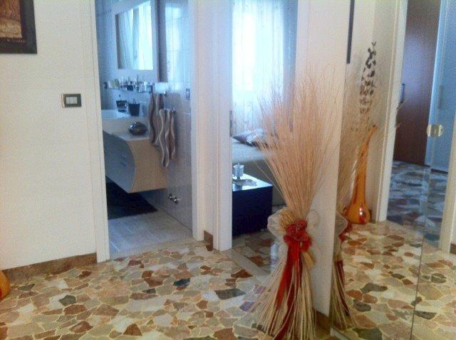 Appartamento in vendita a Venezia, 4 locali, zona Zona: 12 . Marghera, prezzo € 138.000 | Cambio Casa.it