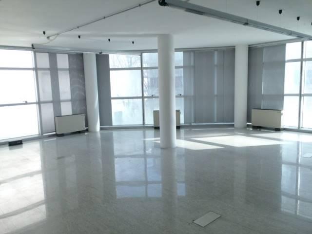 Ufficio / Studio in affitto a Venezia, 2 locali, zona Zona: 11 . Mestre, prezzo € 1.000   CambioCasa.it