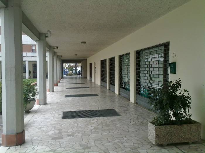 Negozio / Locale in affitto a Spinea, 2 locali, zona Zona: Orgnano, prezzo € 350 | Cambio Casa.it