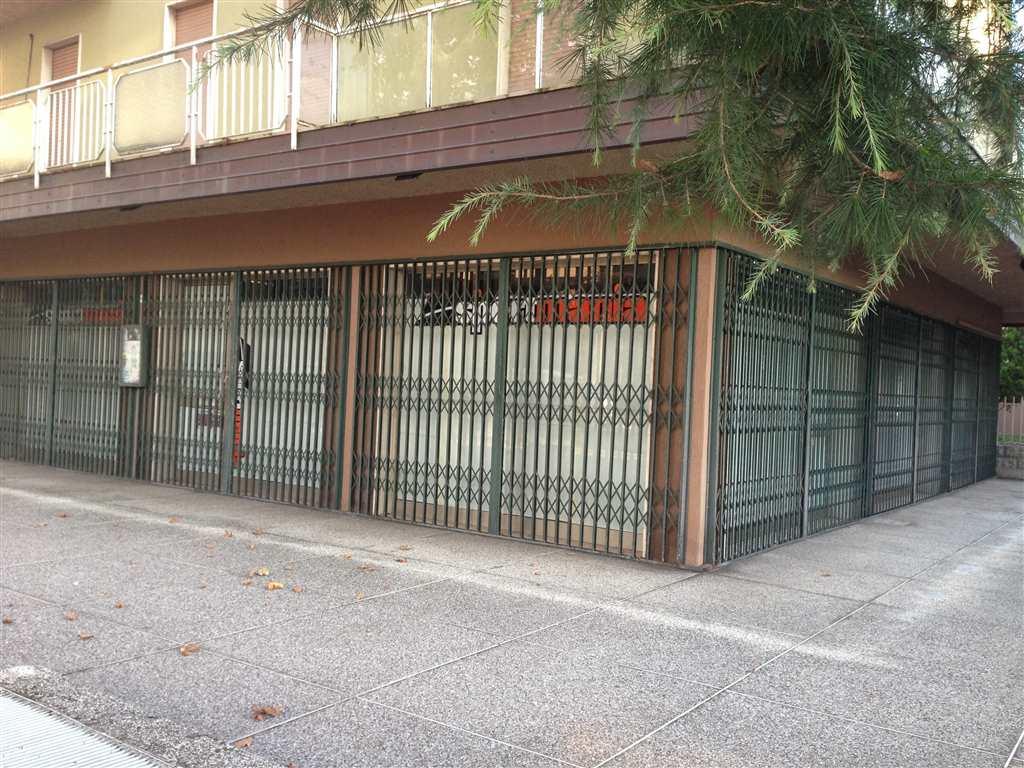 Negozio / Locale in affitto a Venezia, 3 locali, zona Zona: 4 . Castello, prezzo € 2.000 | Cambio Casa.it
