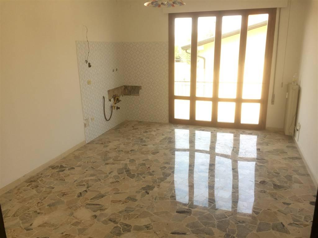 Appartamento in affitto a Spinea, 3 locali, zona Zona: Orgnano, prezzo € 500 | Cambio Casa.it