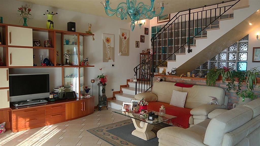 Soluzione Indipendente in vendita a Venezia, 6 locali, zona Zona: 12 . Marghera, prezzo € 298.000 | CambioCasa.it