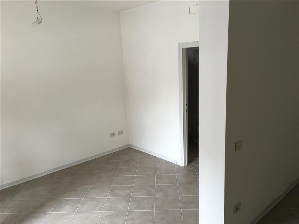 Negozio / Locale in affitto a Venezia, 2 locali, zona Zona: 12 . Marghera, prezzo € 400 | Cambio Casa.it