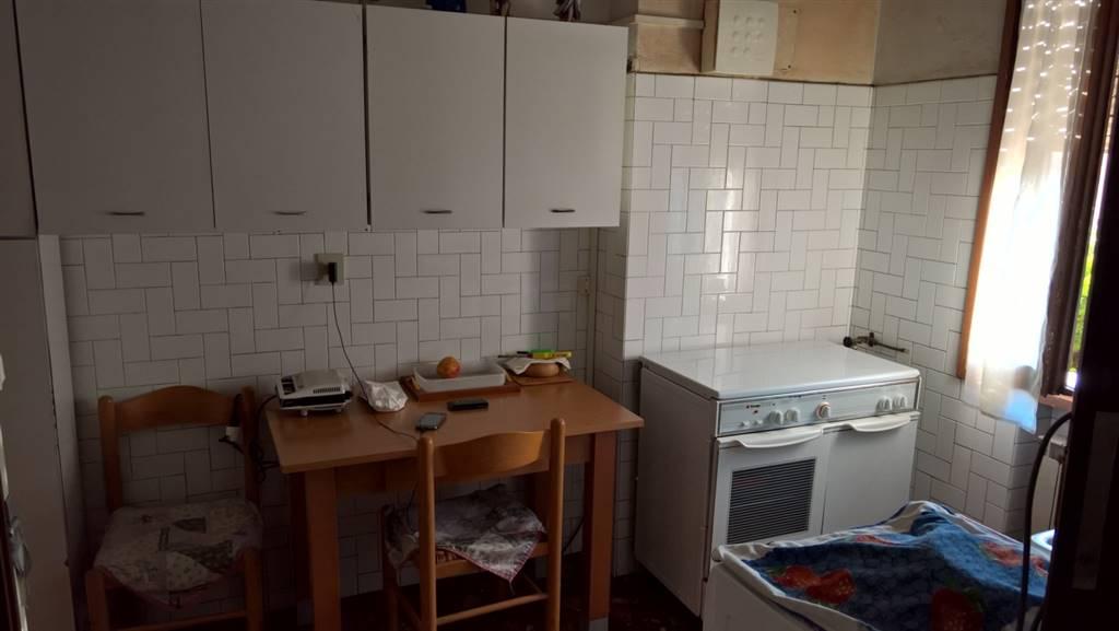 Appartamento in vendita a Venezia, 4 locali, zona Zona: 12 . Marghera, prezzo € 68.000 | Cambio Casa.it