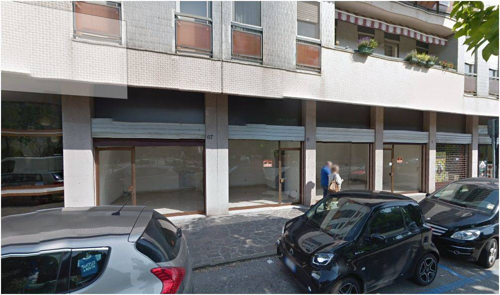 Negozio / Locale in affitto a Venezia, 1 locali, zona Zona: 11 . Mestre, prezzo € 1.000 | CambioCasa.it