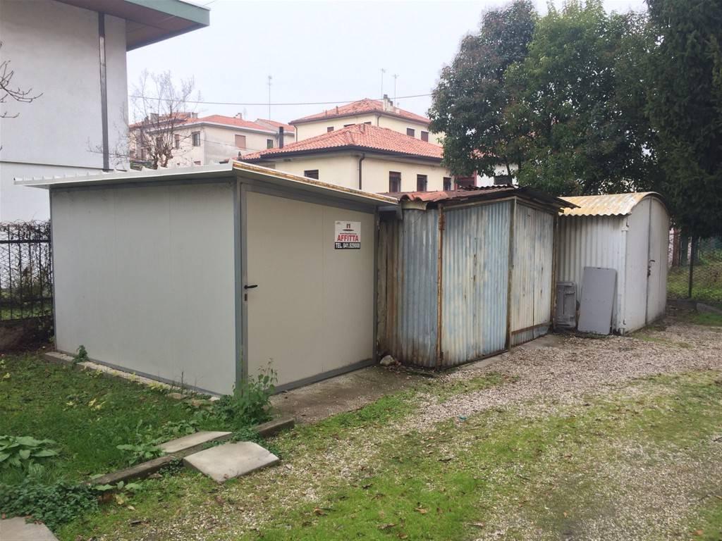 Box garage venezia affitto 85 euro zona 12 19 11 2016 for Garage in affitto
