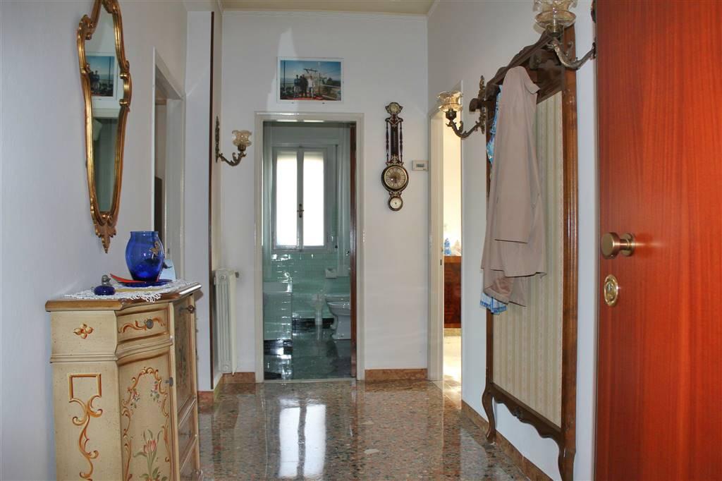 Appartamento in vendita a Venezia, 4 locali, zona Zona: 12 . Marghera, prezzo € 79.000   Cambio Casa.it