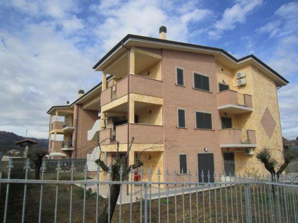 Appartamento in Via Ternana, Poggio Mirteto Scalo, Poggio Mirteto