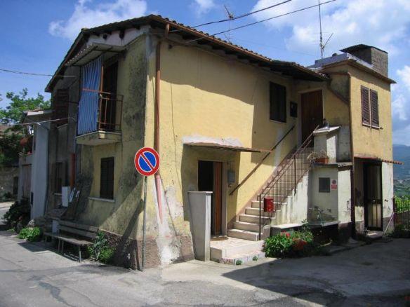 Trilocale in Via Caproni, Poggio Mirteto