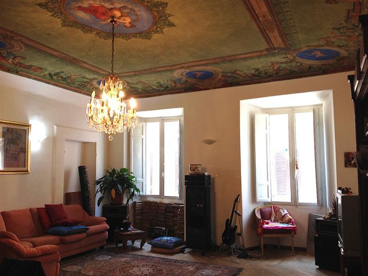 Appartamento indipendente, Rieti Centro Storico, Rieti, ristrutturato