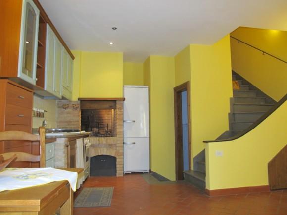 Bilocale in Via Degli Archi 4, Bocchignano, Montopoli Di Sabina