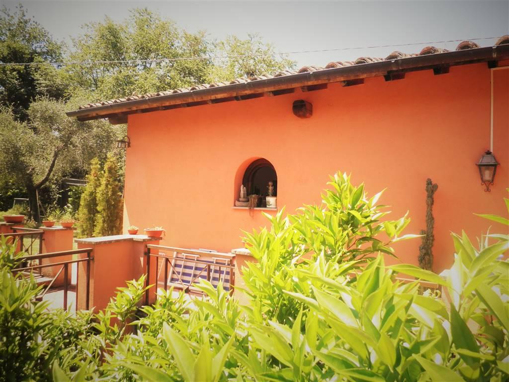 Villino, Poggio Catino, seminuovo