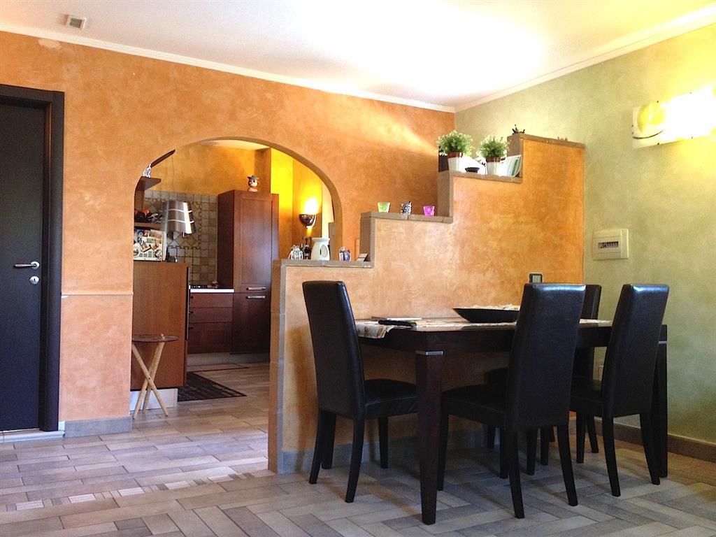 Appartamento indipendente, Montopoli Di Sabina, ristrutturato