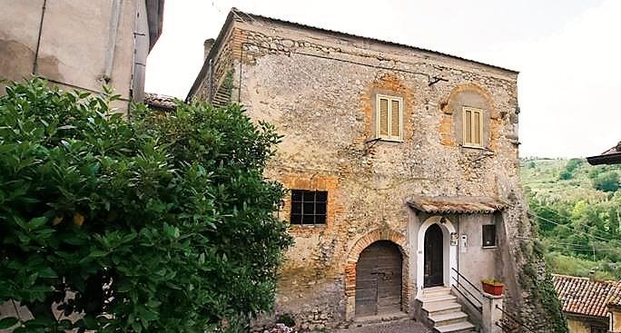 Appartamento indipendente in Via Delle Scalette, Bocchignano, Montopoli Di Sabina
