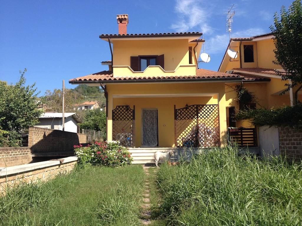 Case stimigliano compro casa stimigliano in vendita e for Piano casa 2017 lazio