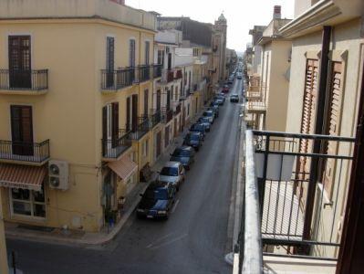 Appartamento in vendita a Menfi, 1 locali, zona Località: CENTRO STORICO, Trattative riservate | Cambio Casa.it