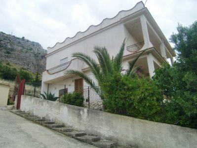 Villa vendita SCIACCA (AG) - 5 LOCALI - 300 MQ