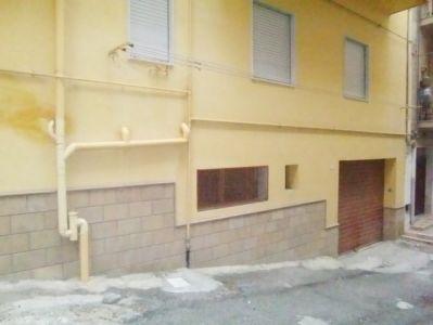 Magazzino in affitto a Sciacca, 9999 locali, prezzo € 1.000 | Cambio Casa.it