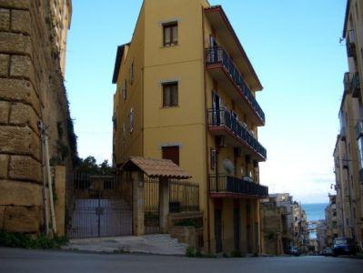 Appartamento in affitto a Sciacca, 3 locali, prezzo € 400 | Cambio Casa.it