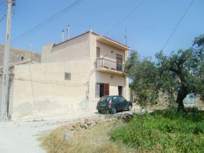 Rustico / Casale in vendita a Sciacca, 5 locali, prezzo € 250.000 | Cambio Casa.it