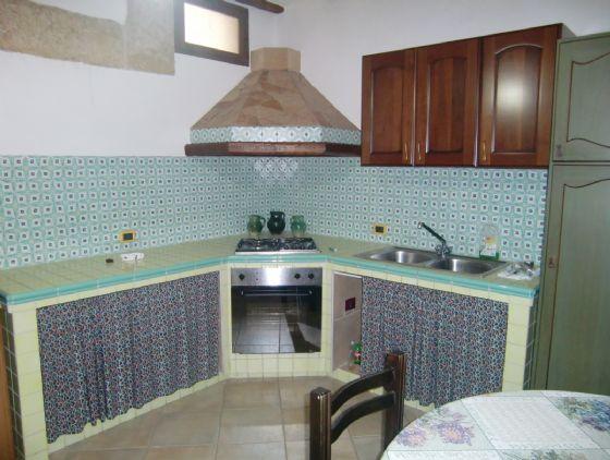 Soluzione Indipendente in vendita a Sciacca, 3 locali, zona Località: CENTRO STORICO, prezzo € 70.000   Cambio Casa.it