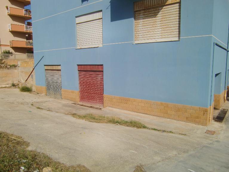 Magazzino in vendita a Sciacca, 1 locali, zona Località: PERRIERA, Trattative riservate | Cambio Casa.it
