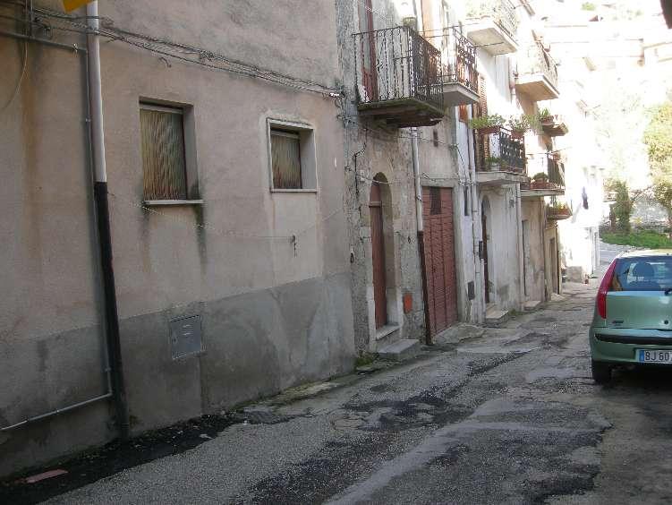 Appartamento in vendita a Caltabellotta, 3 locali, prezzo € 23.000 | CambioCasa.it