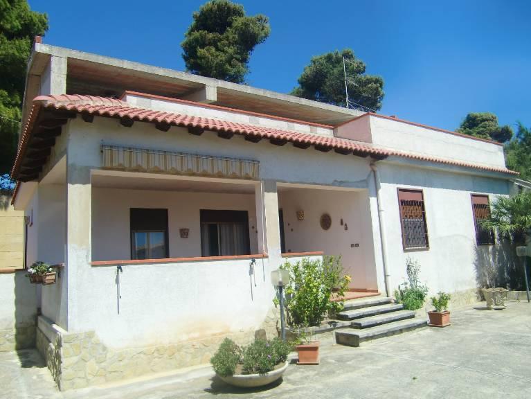 Villa vendita SCIACCA (AG) - 6 LOCALI - 170 MQ
