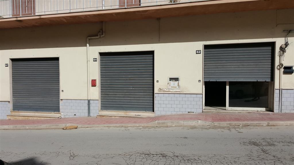 Negozio / Locale in affitto a Sciacca, 9999 locali, zona Località: CENTRO, prezzo € 1.300 | Cambio Casa.it