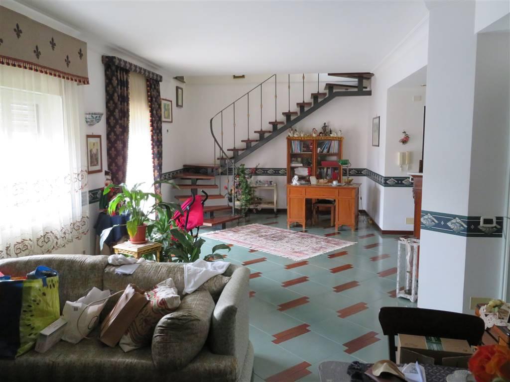 Attico / Mansarda in vendita a Sciacca, 6 locali, zona Località: PERRIERA, prezzo € 200.000 | CambioCasa.it