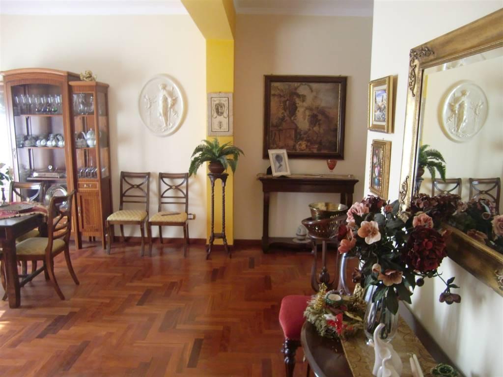 Appartamento in affitto a Sciacca, 5 locali, zona Località: PERRIERA, prezzo € 500   Cambio Casa.it