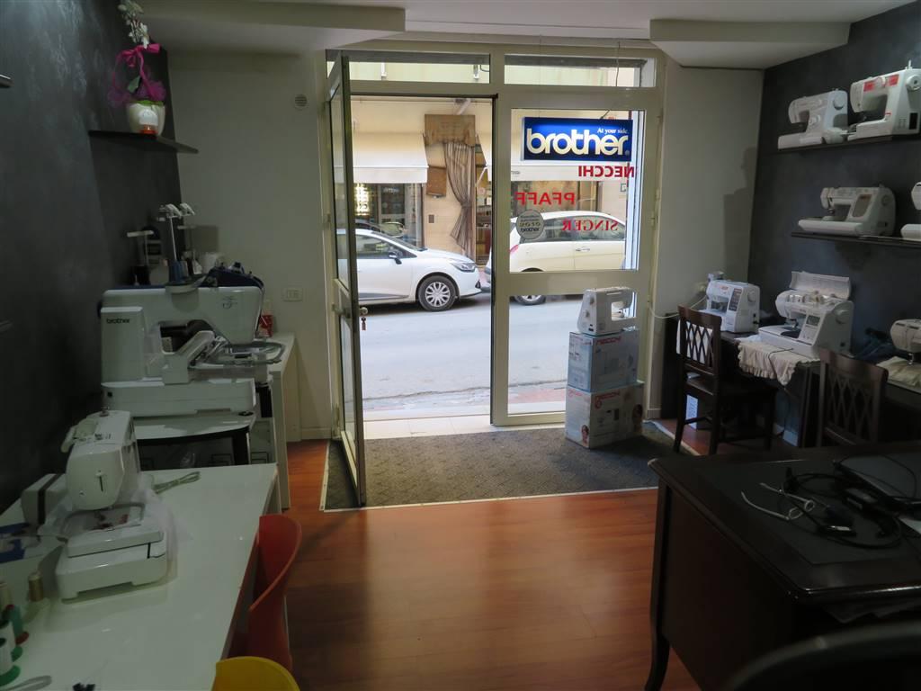 Negozio / Locale in affitto a Sciacca, 9999 locali, zona Località: CENTRO, prezzo € 450 | CambioCasa.it