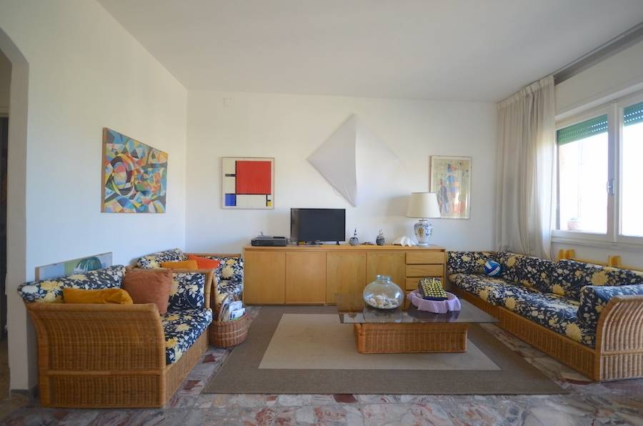 Castiglioncello, Tuscany, 500 m from the sea, 2 bed and garden