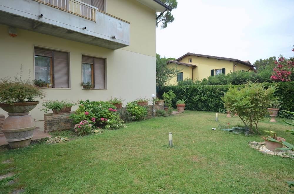 Castiglioncello, Tuscany, elegant, renovated, with garden