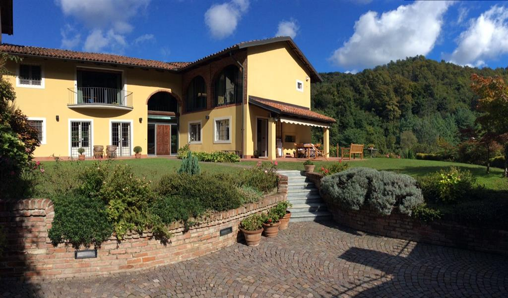 Rustico / Casale in vendita a Torino, 5 locali, zona Località: MADONNA DEL PILONE, prezzo € 595.000   Cambio Casa.it