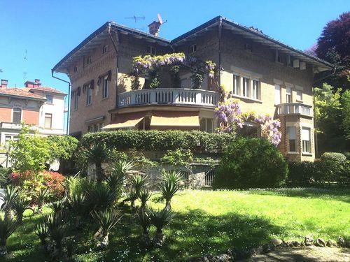 Appartamento in vendita a Torino, 5 locali, zona Località: BORGO PO, prezzo € 580.000 | Cambio Casa.it