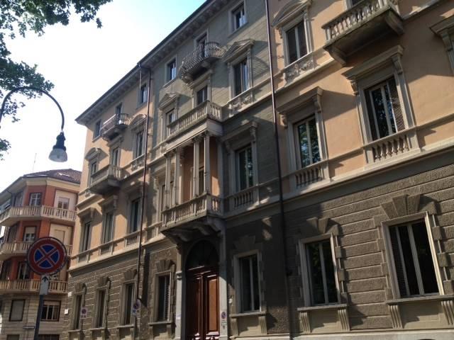Appartamento in vendita a Torino, 6 locali, zona Località: BORGO PO, Trattative riservate | Cambio Casa.it
