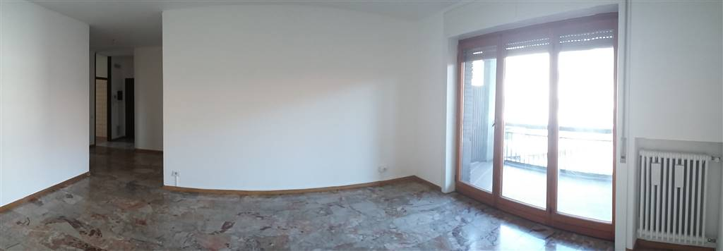 Appartamento in affitto a Lecco, 3 locali, zona Zona: Centralissimo, prezzo € 600 | CambioCasa.it