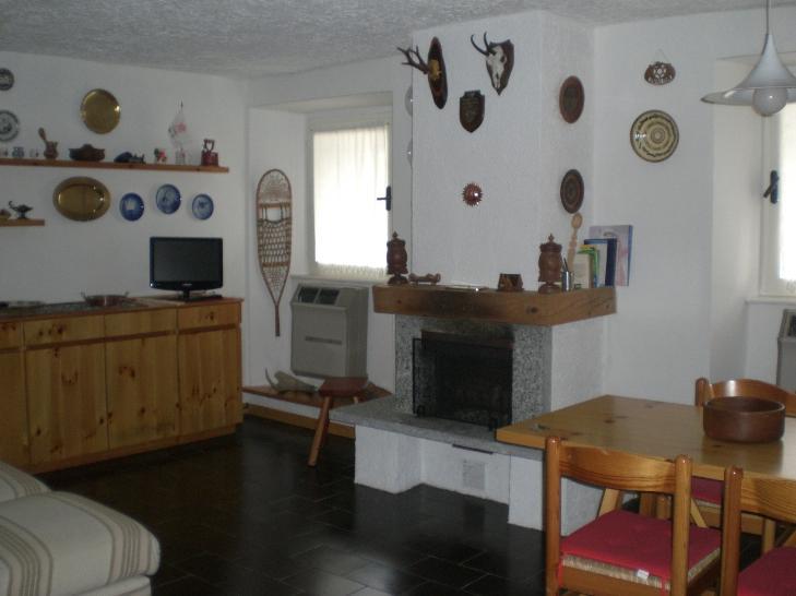 Appartamento in vendita a Santa Maria Maggiore, 3 locali, prezzo € 155.000 | Cambio Casa.it