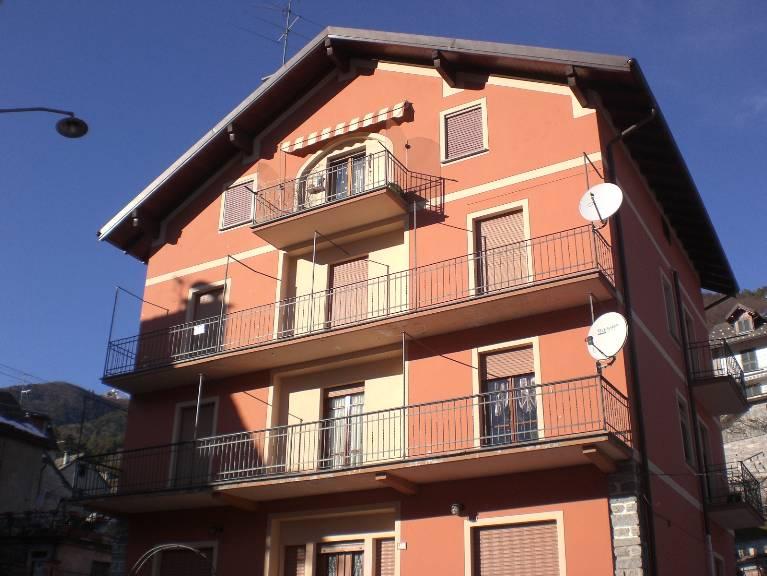 Appartamento in vendita a Santa Maria Maggiore, 6 locali, prezzo € 142.000 | Cambio Casa.it