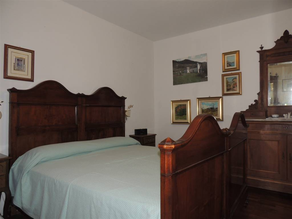 Un camera da letto