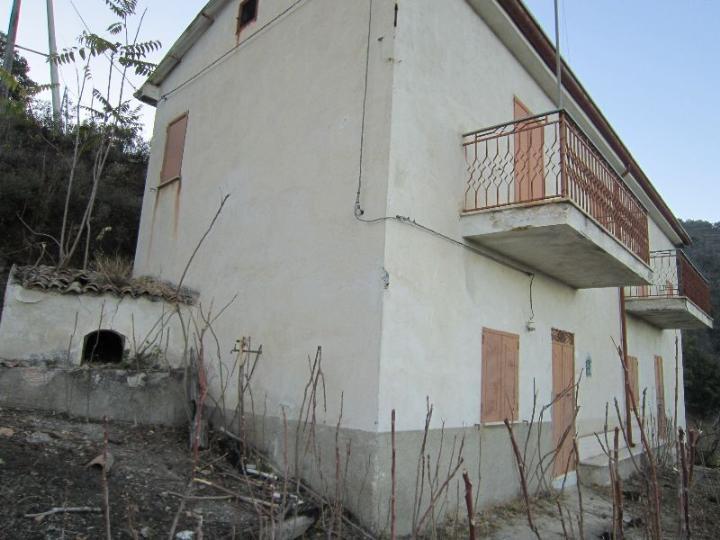 9c0a7d146cfb Annunci gratuiti di Vendita Casa singola a COSENZA