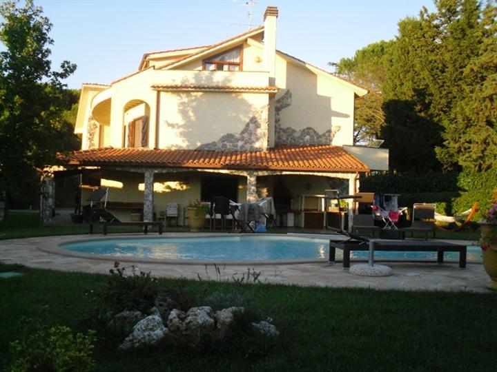 Villa, Vetralla, in ottime condizioni