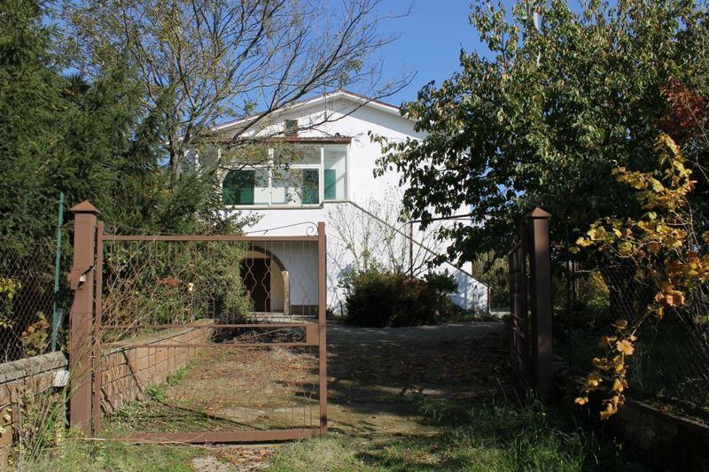 Case soriano nel cimino compro casa soriano nel cimino in for Rustico un telaio cabina